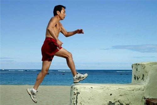 Murakami koşar