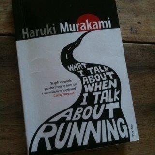 Murakami koşar ve ben ardından bakarım…