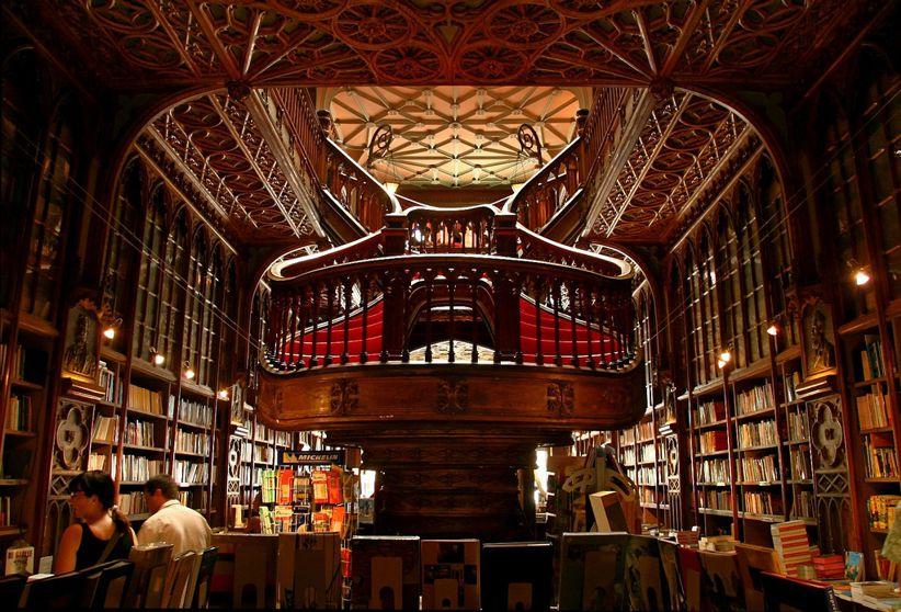lello bookstore porto