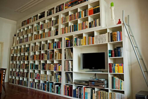 Lving room bookshelf picture credit ooh food