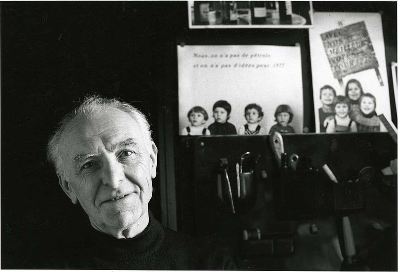 800px robert doisneau photographed by bracha l ettinger in his studio in montrouge 1992