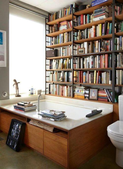 Banyoda Kitaplar!