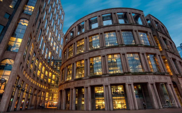 Vancouver Halk Kütüphanesi