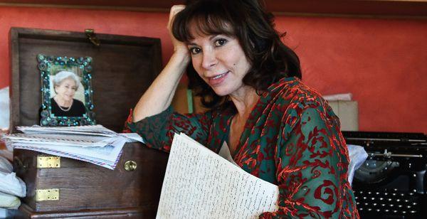 Aşktan ve Gölgeden - Isabel Allende