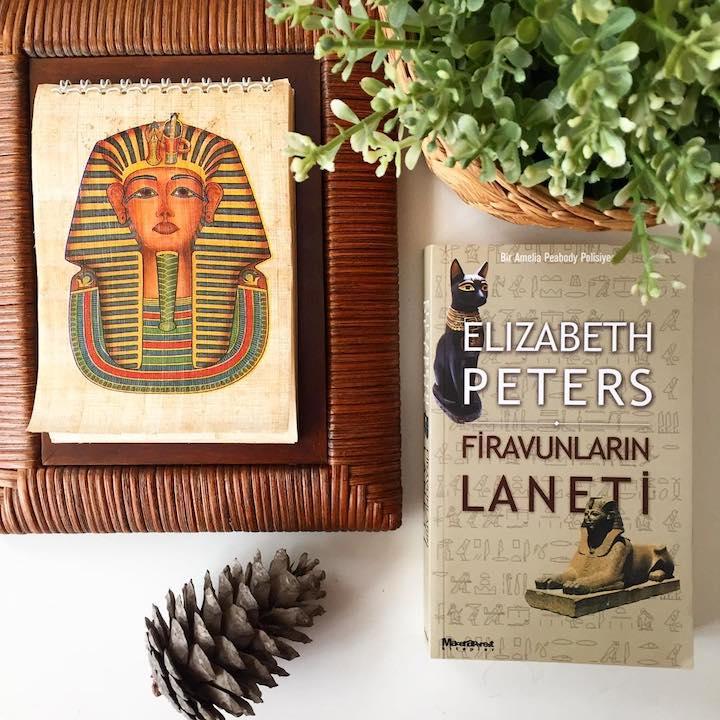 Firavunların Laneti – Elizabeth Peters