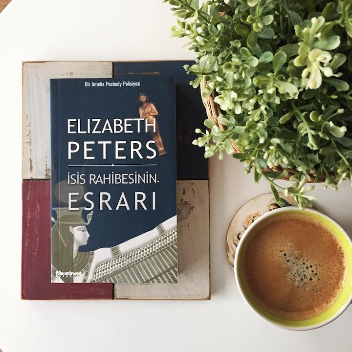 İsis Rahibesinin Esrarı - Elizabeth Peters