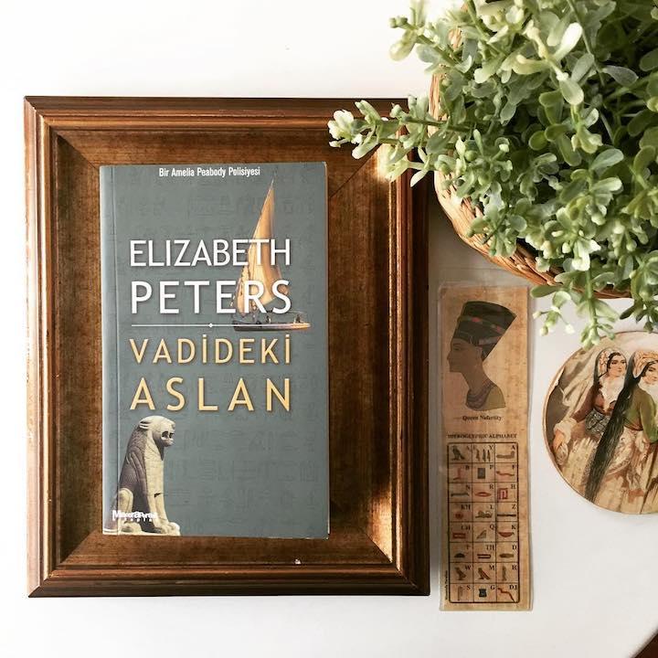 Vadideki Aslan - Elizabeth Peters