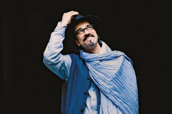 Sabır Taşı - Atiq Rahimi