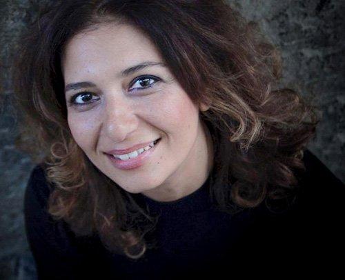 Yeniköy'de Bir Yalı - Zeynep Rade