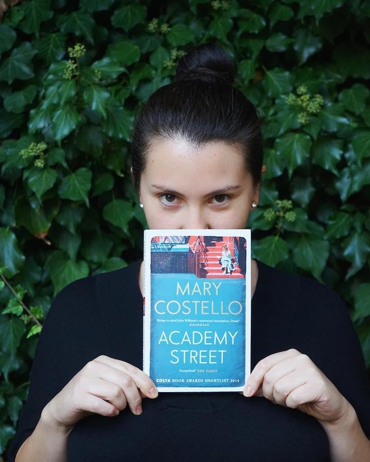 İçimde Büyüyen Dünya – Mary Costello