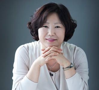 Uçabileceğini Hayal Eden Tavuk - Sun-mi Hwang