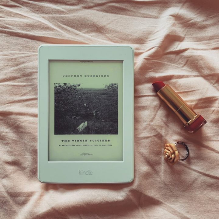 Bakir İntiharlar - Jeffrey Eugenides