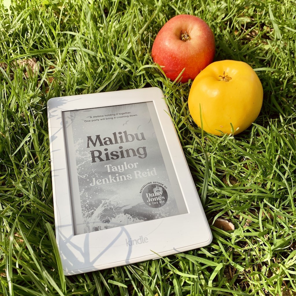 Malibu Rising – Taylor Jenkins Reid