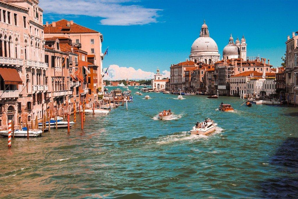 İtalya'da Geçen Kitaplar, Sizi İtalya'ya Götürecek 10 Roman